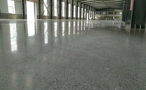 水泥地坪跑沙用什么办法能处理?