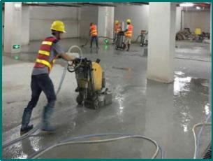 金刚砂固化地坪施工-粗磨
